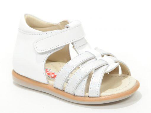 детски сандали, отворени, боја бели