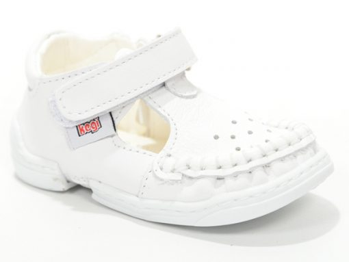 Детски сандали проодувалки за бебе модел бели