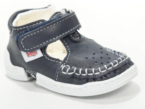 Детски сандали проодувалки за бебе модел црни