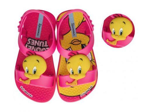 Ipanema Classicos Looney Tunes Baby Kegi Shoes