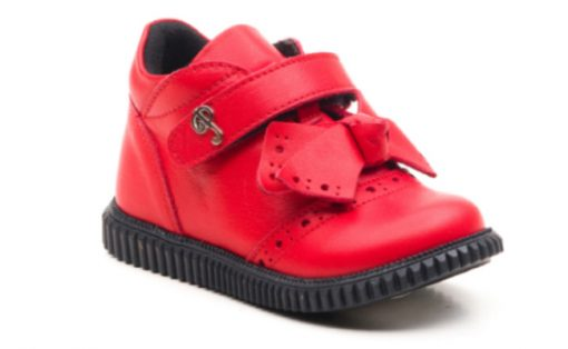 obuvki-za-devojcinja-412das