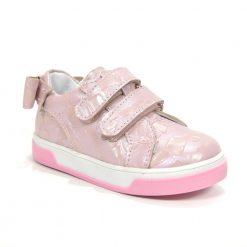 детски патики розева боја