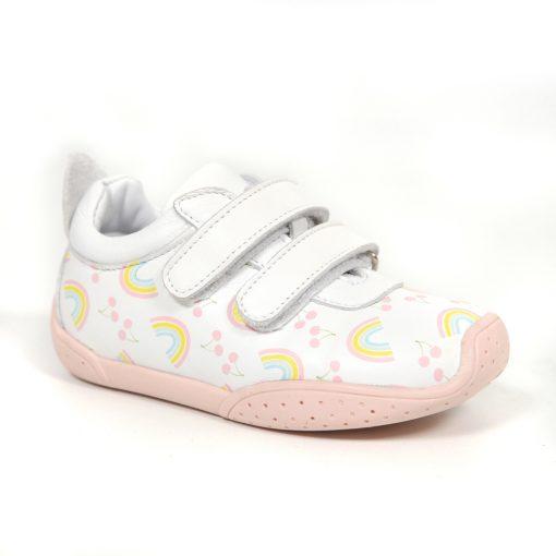 детски патики со лепенка- боја бела