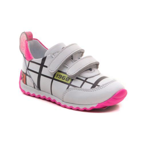 Детски патики Kegi Shoes- розеви со бело